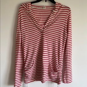 ROXY RED STRIPED HOODED PULLOVER WITH POUCH LARGE